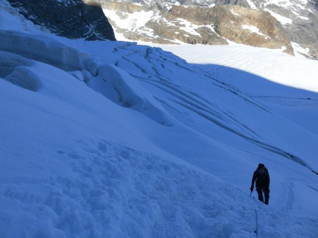 Foto: Wolfgang Lauschensky / Wander Tour / Piz Palü - Eisriese in der Berninagruppe (3905 m) / am Vadret Pers / 04.11.2013 20:20:53