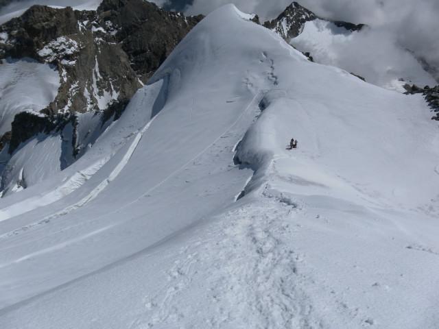 Foto: Wolfgang Lauschensky / Wander Tour / Piz Palü - Eisriese in der Berninagruppe (3905 m) / Rückblick über den Ostgrat / 04.11.2013 20:19:36