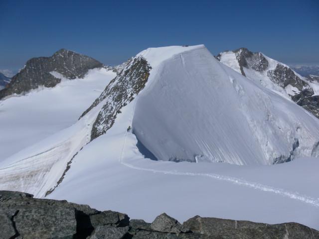 Foto: Wolfgang Lauschensky / Wander Tour / Piz Palü - Eisriese in der Berninagruppe (3905 m) / Hauptgipfel vom Ostgipfel / 04.11.2013 20:19:26