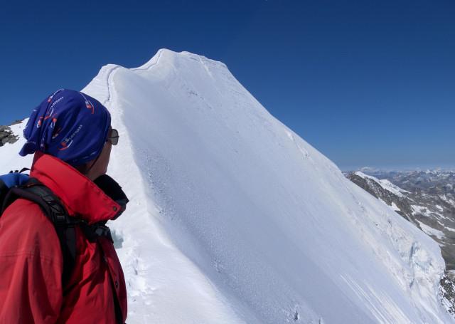 Foto: Wolfgang Lauschensky / Wander Tour / Piz Palü - Eisriese in der Berninagruppe (3905 m) / scharfer Firngrat / 04.11.2013 20:18:50
