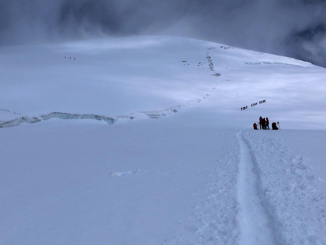 Foto: Andreas Koller / Wander Tour / Vom Kleinen Matterhorn auf das Breithorn Westgipfel (4164 m) / 23.09.2015 01:50:12
