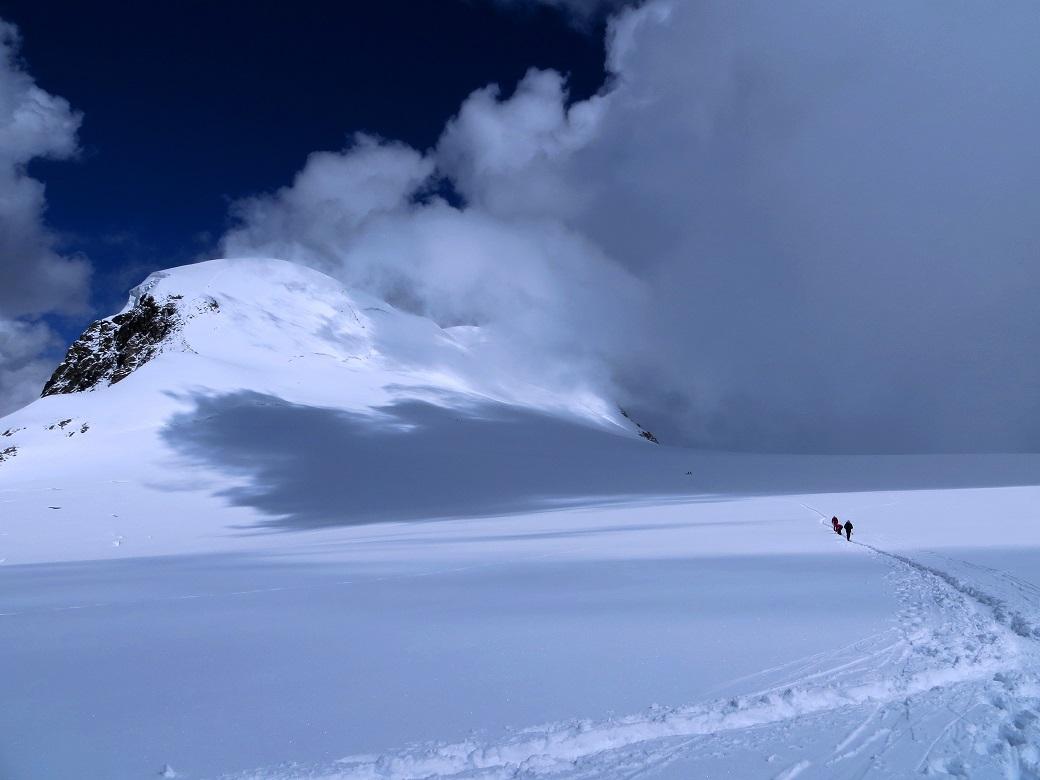 Foto: Andreas Koller / Wander Tour / Vom Kleinen Matterhorn auf das Breithorn Westgipfel (4164 m) / 23.09.2015 01:45:04