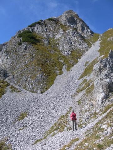 Foto: Wolfgang Lauschensky / Wander Tour / Lattenspitze - Pfeiser Spitze / steiler Quergang / 01.10.2013 15:14:22