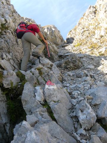 Foto: Wolfgang Lauschensky / Wander Tour / Lattenspitze - Pfeiser Spitze / Rinne zur Lattenspitze / 01.10.2013 15:14:09