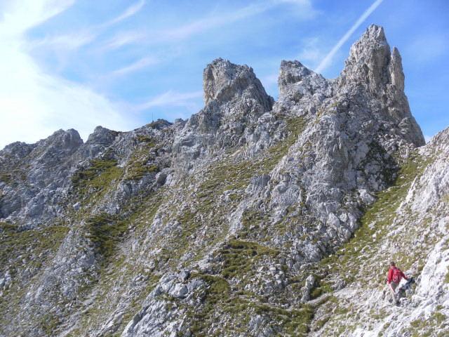Foto: Wolfgang Lauschensky / Wander Tour / Lattenspitze - Pfeiser Spitze / ausgesetzte Querung / 01.10.2013 15:12:55
