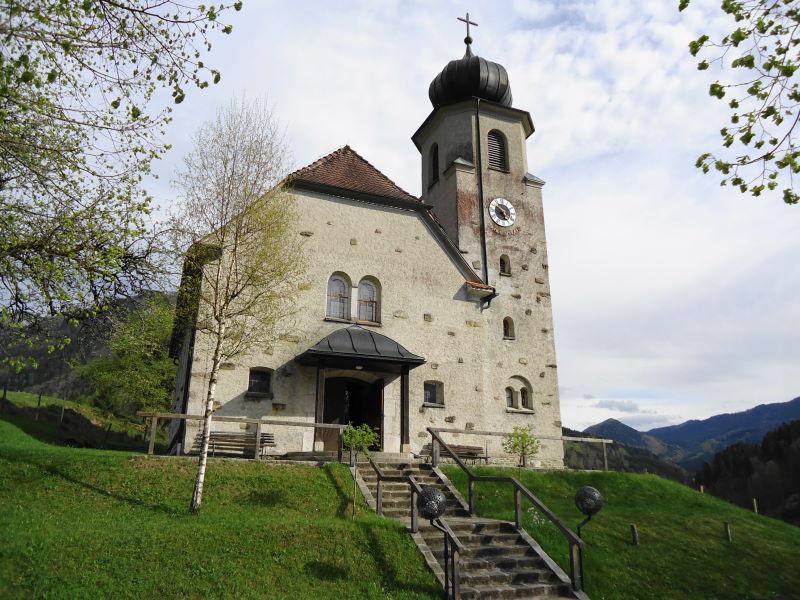 Foto: Günter Siegl / Wandertour / Gschwendtalm und Brunnbacher Gamsstein / Brunnbach - Kirche / 26.04.2014 13:04:15