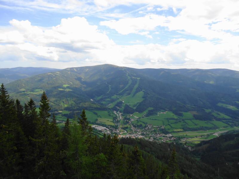 Foto: Günter Siegl / Wander Tour / Von Mürzzuschlag über die Kampalpe auf den Semmering / Spital am Semmering und Stuhleck / 10.06.2015 14:51:02