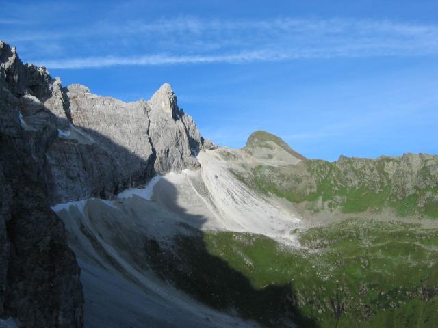 Foto: pepi4813 / Wander Tour / Vom Gschnitztal auf den Gschnitzer Tribulaun / Beim Tribulaunhaus / 18.07.2009 19:16:46