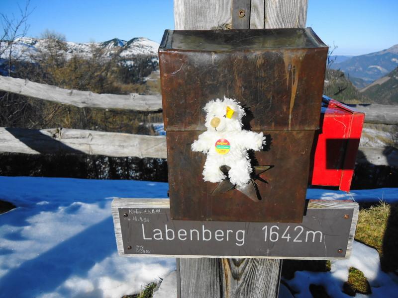 Foto: Günter Siegl / Wander Tour / Von der Postalm auf den Labenberg / Vor der Labung bzw. (Bier-)Raubtierfütterung / 28.12.2015 19:32:33
