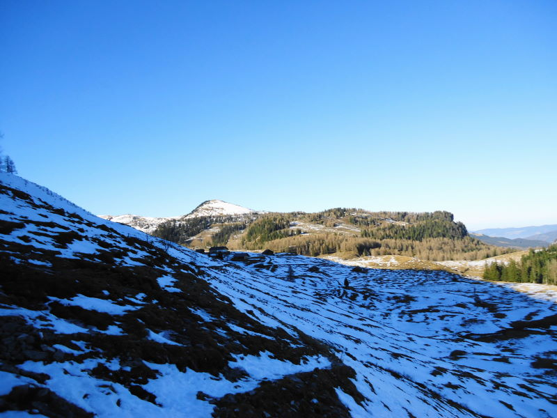 Foto: Günter Siegl / Wander Tour / Von der Postalm auf den Labenberg / Ungutpassage - über pickelhartgefrorenen Schnee / 28.12.2015 19:30:42