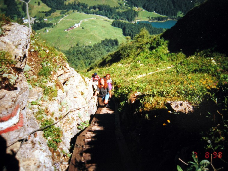 Foto: Climber69 / Wandertour / Friedensweg auf den Kleinen Pal , 1.867m / Blick vom Kleinen Pal auf die Hausalm / 29.12.2007 08:00:41
