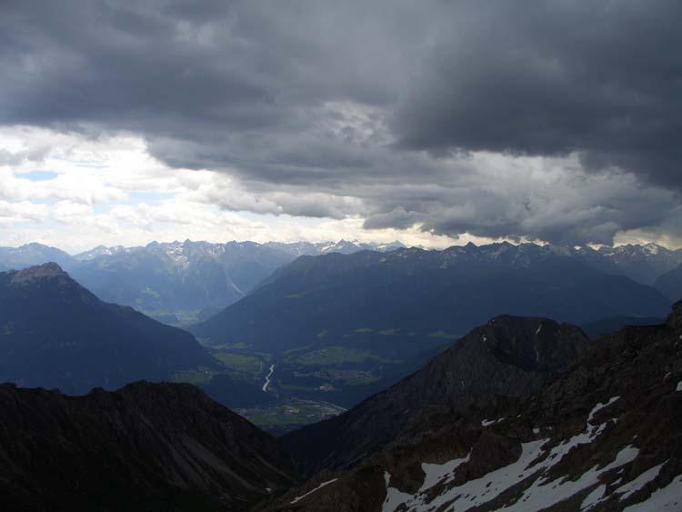 Foto: vince 51 / Wander Tour / Alpjoch - Pleiskopf - Muttekopf / Gewitter im Anzug auf dem Pleiskopf / 14.07.2009 23:42:02