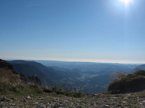 Foto: bestfriend / Wandertour / Große Rax-Runde über den Dreimarkstein und die Scheibwaldhöhe (1948m) / Blick ins Tal in der Nähe vom Ottohaus / 04.10.2007 19:15:15