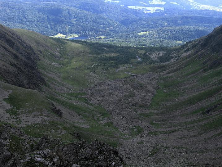 Foto: Andreas Koller / Wander Tour / Vom Prebersee auf das Roteck (2742 m) / Blick über den Preberkessel zum Prebersee / 16.08.2010 18:33:20