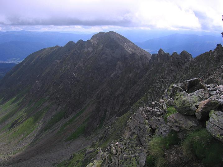 Foto: Andreas Koller / Wander Tour / Vom Prebersee auf das Roteck (2742 m) / Blick auf die Golzhöhe (2580m) / 16.08.2010 18:30:22