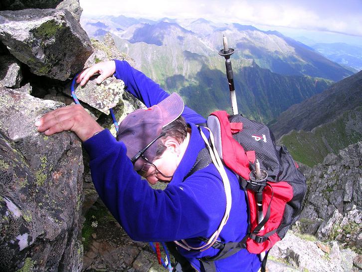 Foto: Andreas Koller / Wander Tour / Vom Prebersee auf das Roteck (2742 m) / Eine letzte Steilstufe ist abzuklettern / 16.08.2010 18:29:40