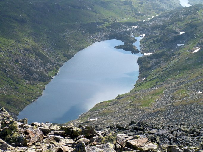 Foto: fili67 / Wandertour / Vom Etrachsee auf das Bauleiteck / Schimpel See vom Gipfel aus gesehen / 01.10.2009 19:56:53