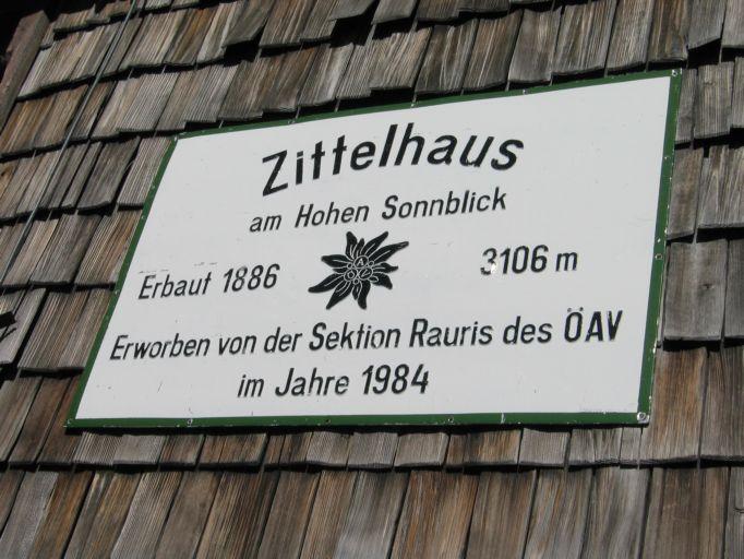 Foto: Gernot Huber / Wandertour / Über das Kleine Fleißkees zum Zittelhaus am Hohen Sonnblick (3106m) / 05.03.2010 20:40:35
