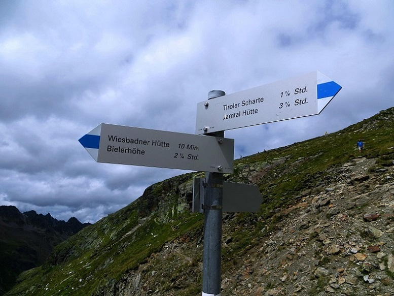 Foto: Andreas Koller / Wander Tour / Über die Wiesbadner Hütte auf den Ochsenkopf (3057 m) / 08.11.2017 02:14:51