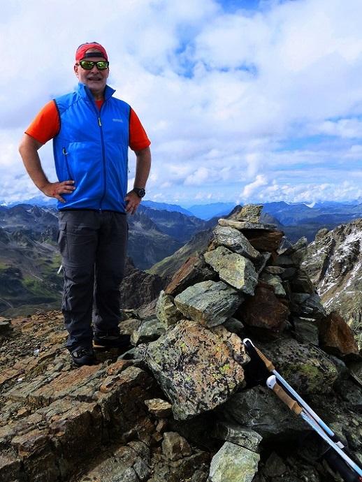 Foto: Andreas Koller / Wander Tour / Über die Wiesbadner Hütte auf den Ochsenkopf (3057 m) / 08.11.2017 02:11:47