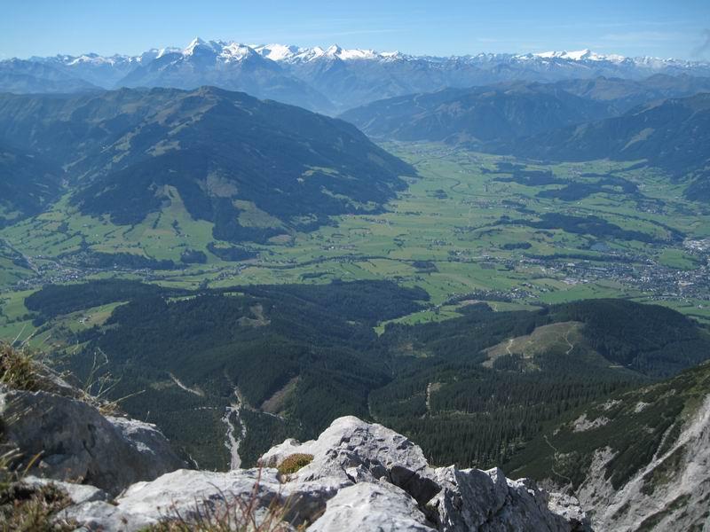Foto: Heidi Schützinger / Wandertour / Über das Riemannhaus auf den Sommerstein / Weitblick vom Gipfel des Sommerstein aus  / 13.09.2010 10:06:26