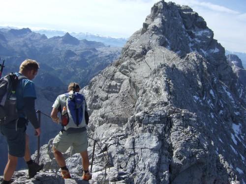 Foto: hofchri / Wander Tour / Watzmann - Überschreitung / leichter klettersteig vom Hocheck zur Mittelspitze / 03.10.2009 18:09:48