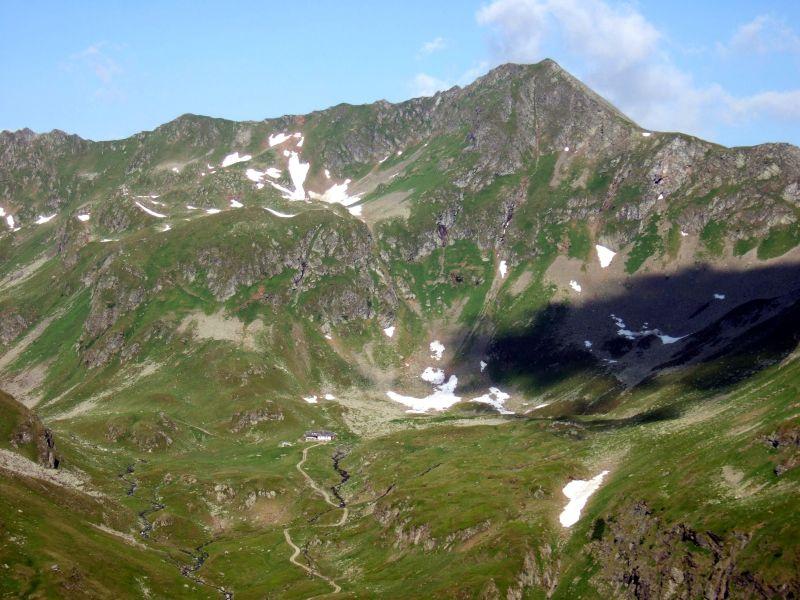 Foto: Ingo Gräber / Wander Tour / Aus dem Göriachtal auf den Hochgolling (2862m) / Blick hinüber zur Landawirseehütte / 05.10.2013 17:29:11