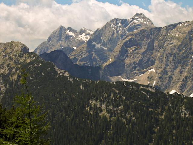 Foto: Jodeli / Wander Tour / Große Gesäusedurchquerung mit Überschreitung des Lugauer (2217m) / Blick zurück zum Sulzkar und Hochtor / 14.06.2009 21:12:16