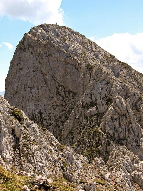 Foto: Jodeli / Wander Tour / Große Gesäusedurchquerung mit Überschreitung des Lugauer (2217m) / Der Gipfelgrat des Lugauers / 14.06.2009 21:17:20