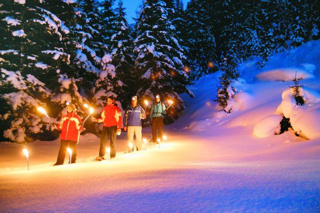 Foto: Mag. (FH) Sabine Egger / Wandertour / Abendschneeschuhwanderung / 24.10.2008 10:46:41