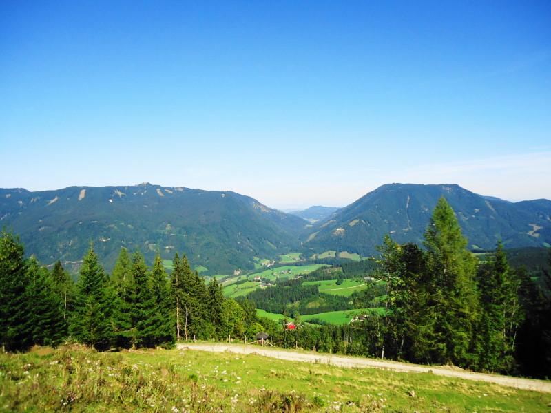 Foto: Günter Siegl / Wander Tour / Von Hütte zu Hütte über den Königsberg / links Oisberg, rechts Friesling / 13.10.2015 21:12:31