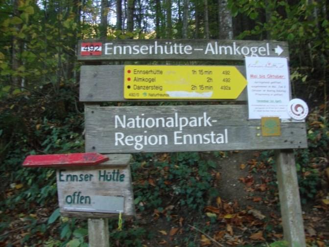 Foto: Wolfgang Dröthandl / Wander Tour / Über die Ennser Hütte auf den Almkogel / Abgang beim Parkplatz Bamacher / 16.10.2018 14:43:52