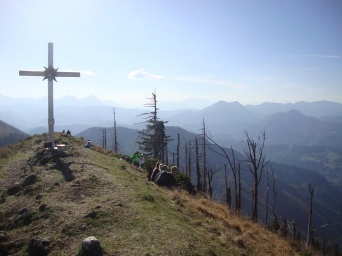Foto: Wolfgang Dröthandl / Wander Tour / Über die Ennser Hütte auf den Almkogel / rechts der Bildmitte Größtenberg und Sengsengebirge / 16.10.2018 14:39:54