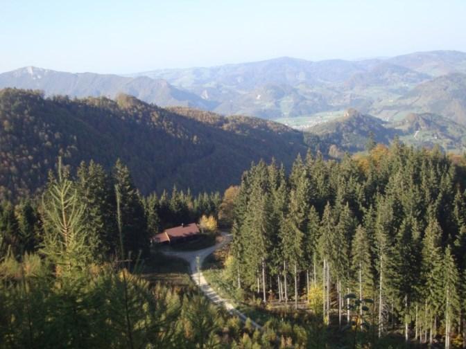 Foto: Wolfgang Dröthandl / Wander Tour / Über die Ennser Hütte auf den Almkogel / abendlicher Blick Richtung Großraming / 16.10.2018 14:35:31