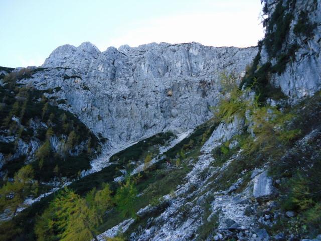 Foto: Günter Siegl / Wander Tour / Bad Aussee - Pötschenpass - Sarsteingipfel / 22.10.2012 08:36:58
