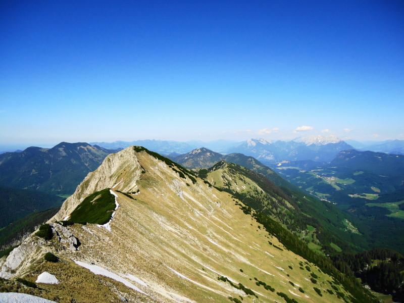 Foto: Günter Siegl / Wander Tour / Vom Ursprungpaß auf das Hintere Sonnwendjoch / Kammverlauf zur Krenspitze / 05.06.2017 23:00:18