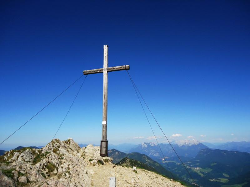 Foto: Günter Siegl / Wander Tour / Vom Ursprungpaß auf das Hintere Sonnwendjoch / Gipfel Sonnwendjoch / 05.06.2017 23:00:52