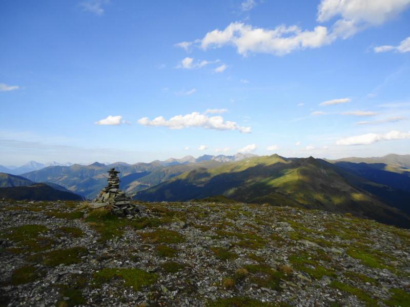Foto: Günter Siegl / Wander Tour / Von der Gamperhütte auf den Kreuzkogel / Bösenstein im Hintergrund / 11.09.2015 21:02:57