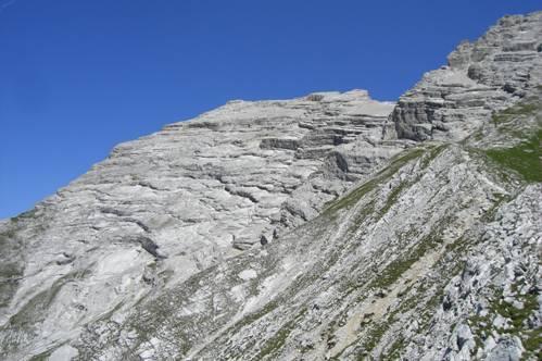 Foto: Thomas Paschinger / Wandertour / Kleiner und Großer Bettelwurf / beim Abstieg zur Hütte: der Kleine Bettelwurf / 25.07.2009 14:00:18