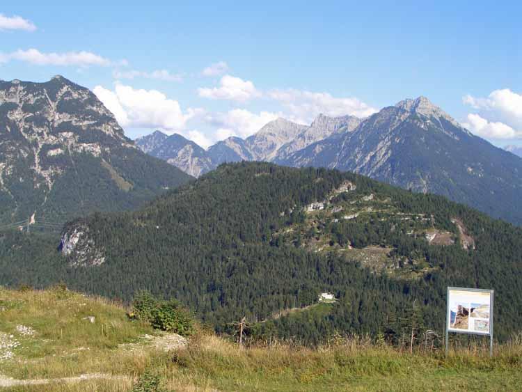 Foto: tomy37 / Wander Tour / Burgenrunde hoch über dem Talkessel von Reutte / Fort Claudia / 19.08.2009 18:52:57