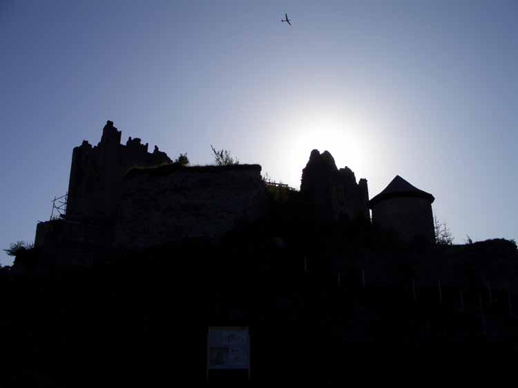 Foto: tomy37 / Wander Tour / Burgenrunde hoch über dem Talkessel von Reutte / Ruine Ehrenberg / 19.08.2009 18:48:56