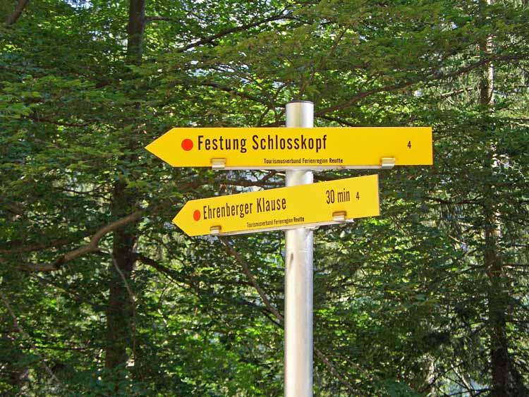 Foto: tomy37 / Wander Tour / Burgenrunde hoch über dem Talkessel von Reutte / 19.08.2009 19:08:06