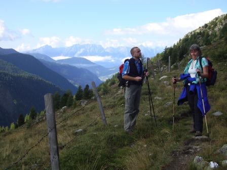 Foto: Wolfgang Dröthandl / Wander Tour / Vom Sadnighaus auf den Mohar / Querung der Almböden Richtung Göritzer Törl, gegen Lienzer Dolomiten / 29.08.2015 19:03:15