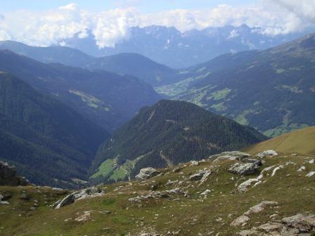 Foto: Wolfgang Dröthandl / Wander Tour / Vom Sadnighaus auf den Mohar / Blick Richtung Südwesten: Iselsberg, Lienzer Dolomiten / 29.08.2015 19:00:04