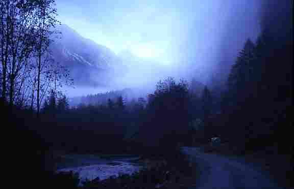 Foto: Dr. Wabnig Dagmar / Wander Tour / Säuleck / Zustieg durchs Dösenern Tal morgens / 20.06.2008 19:38:28