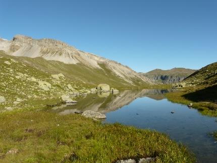 Foto: zaufen / Wander Tour / Von Schlinig auf den Föllakopf / kleiner See am Aufstiegsweg / 31.12.2012 13:13:24