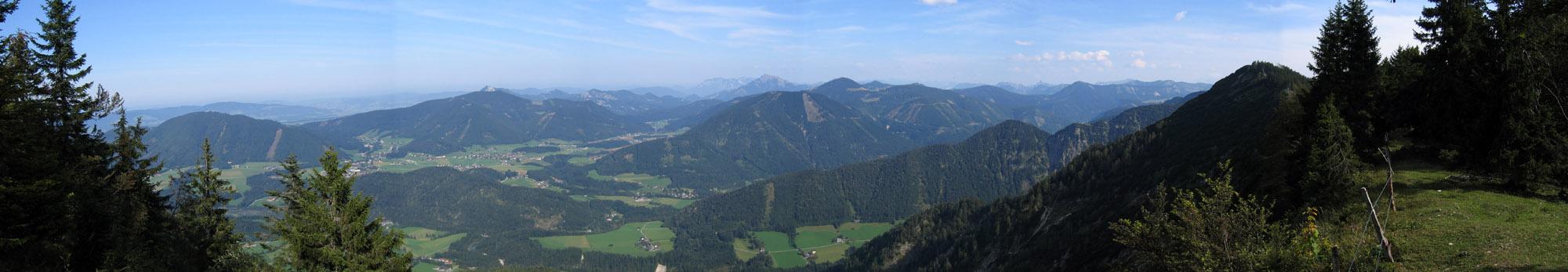 Foto: Climber69 / Wander Tour / Auf den Ochsenberg - Blick in den Rupertiwinkel / Panorama gegen Schafberg / 26.12.2007 16:40:17