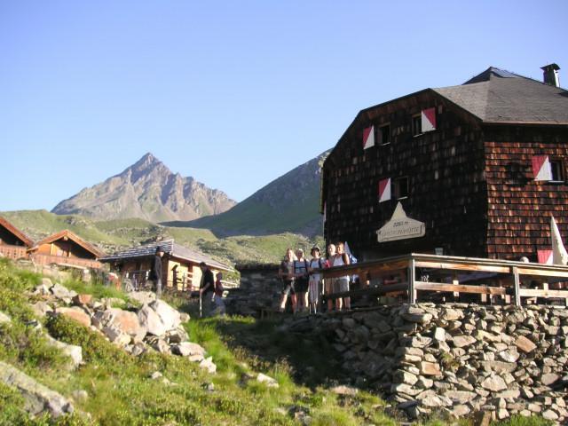 Foto: Wolfgang Lauschensky / Wander Tour / Auf den Lasörling / Hüttenblick zum Gipfelziel / 24.07.2011 17:41:59