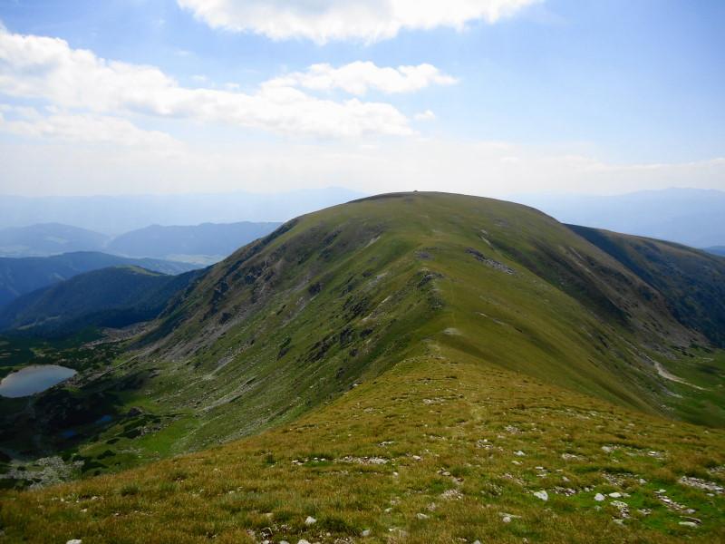 Foto: Günter Siegl / Wander Tour / Großer Ringkogel und Pletzen (2345 m) / Rückblick Ringkogel / 27.08.2015 07:54:08