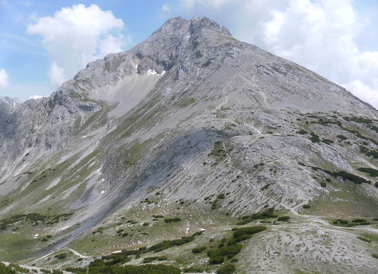 Foto: Wolfgang Lauschensky / Wander Tour / Aus dem Halltal auf die Speckkarspitze / Speckkarspitze SW-Grat aus dem Lafatscherjoch / 02.07.2017 13:56:49